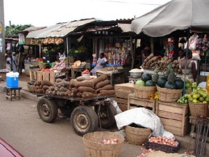 A Ghanaian market, a scene from Drumbeats where Jess waits for Chrissie